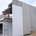 537px-Precast_concrete_house_in_construction